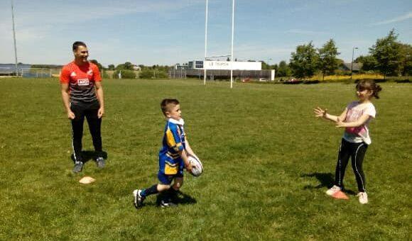 Reprise en douceur de l'école de rugby acignolaise hier. N'hésitez pas à rejoindre les…